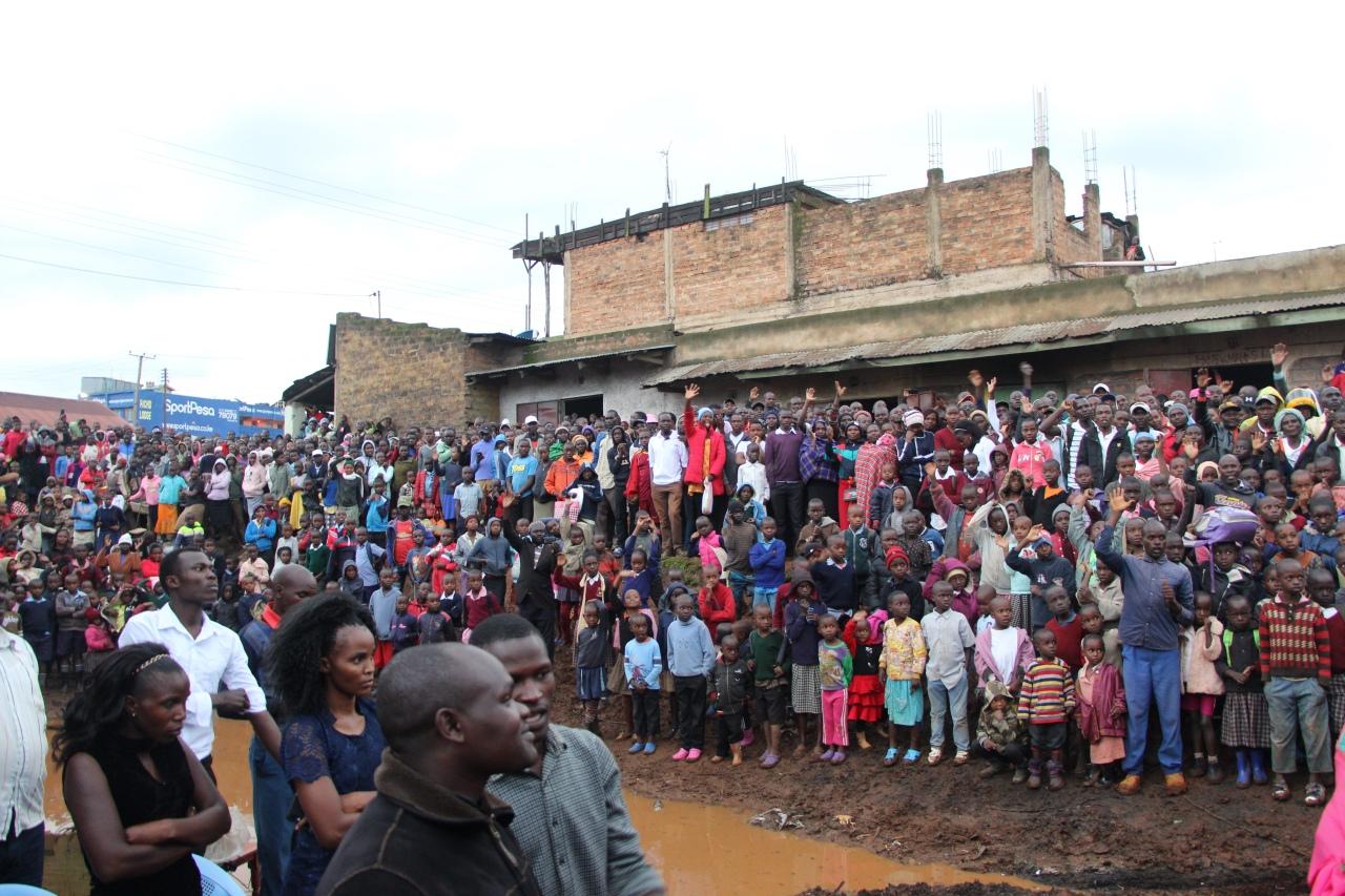 Bwana Asifiywe